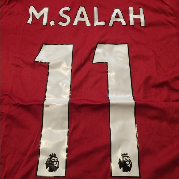 the latest d0364 a0f30 Salah #11 Liverpool 18/19 Season Jersey NWT